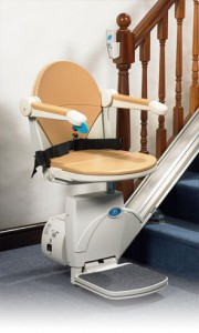 img-monte-escalier-180x300